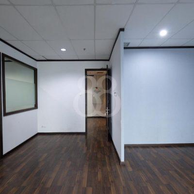 office-for-lease - Di sewakan office Semifurnish